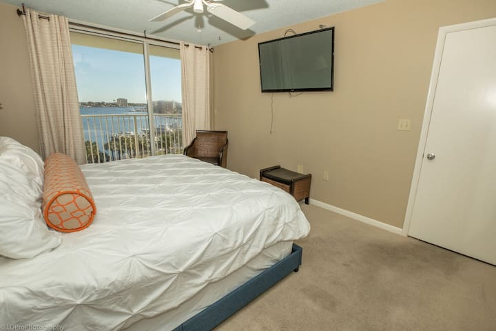 WVT 604 is a Beautiful 3 BR 2 Ba with a Boat Slip