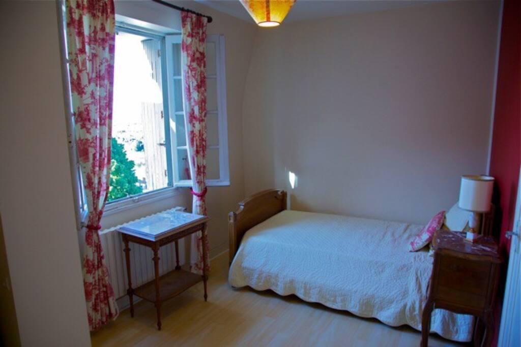 chambre rouge décoration français  红色房间法国装饰