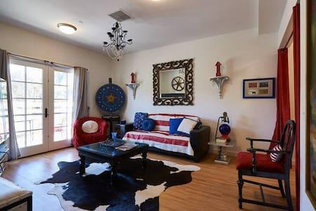 2bdrm FUNHOUSE!  Casino / Vineyards - Santa Ynez - Apartamento