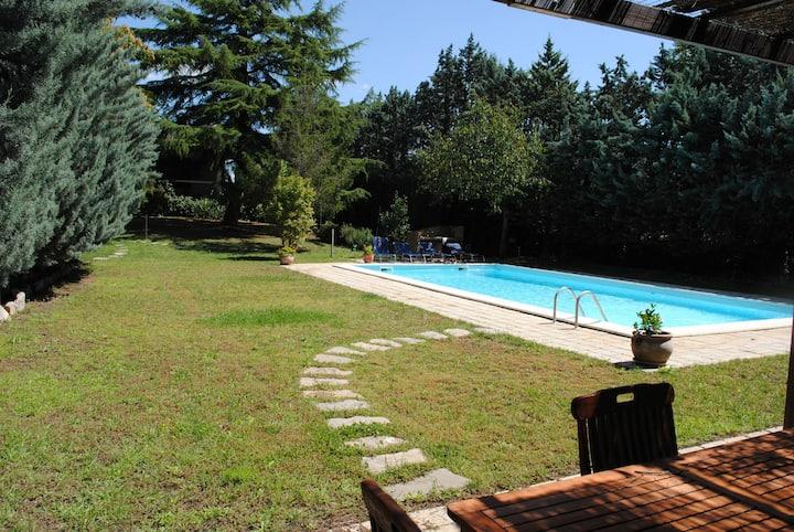 VILLA MOLINI with private garden&swimmingpool