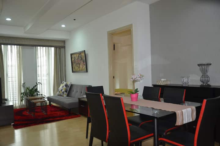 2-bedroom Condo unit @748 Shaw Blvd (Soho Central)