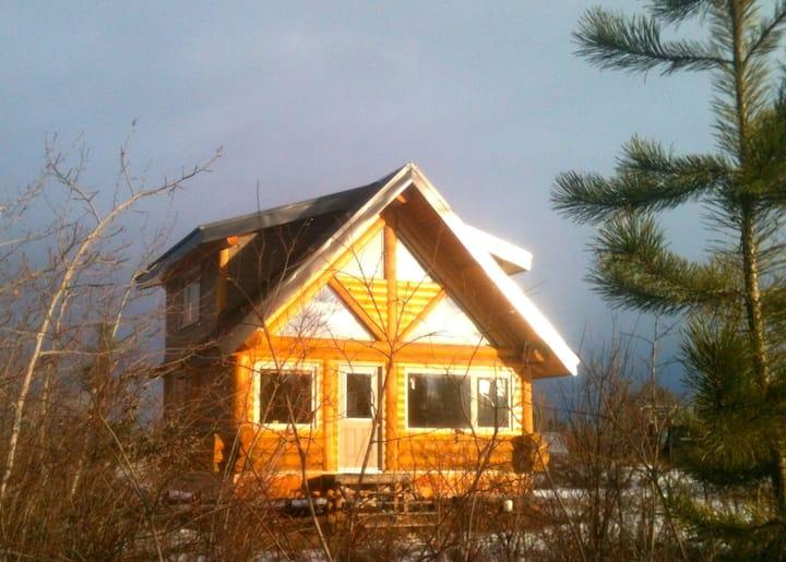 Bluff Creek Cabin