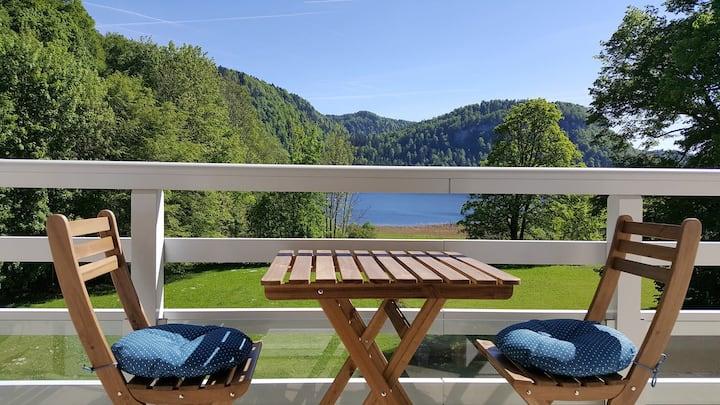 Appartement Jura vue sur le lac de bonlieu