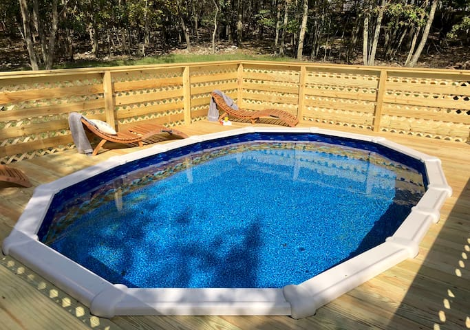 Unique Hideout W Hot Tub Sauna Game Room Hvac Pool Houses For Rent In Pa Pennsylvania United States