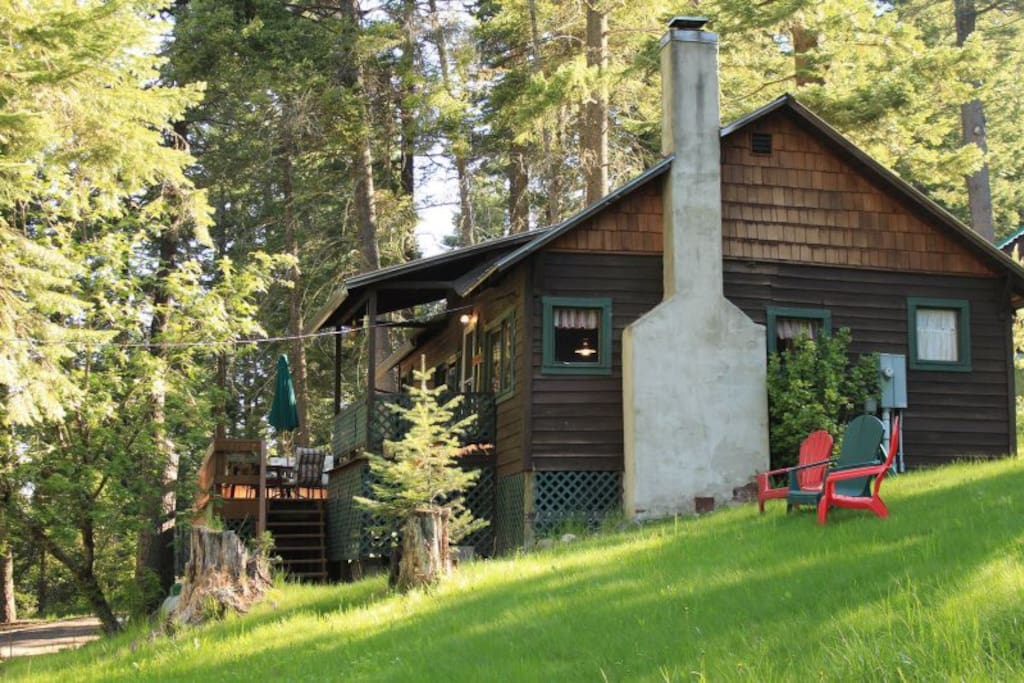 11 Pine Cone Cottage Cabins For Rent In Joseph