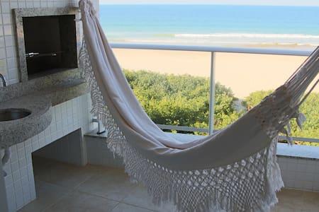 Beachfront apt - Florianopolis