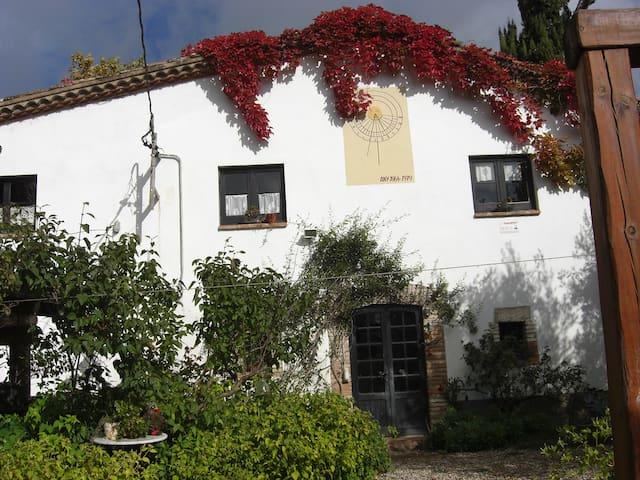 CASA  RURAL LES OLIVERES . SAMALUS - El Prat de Llobregat - Huis