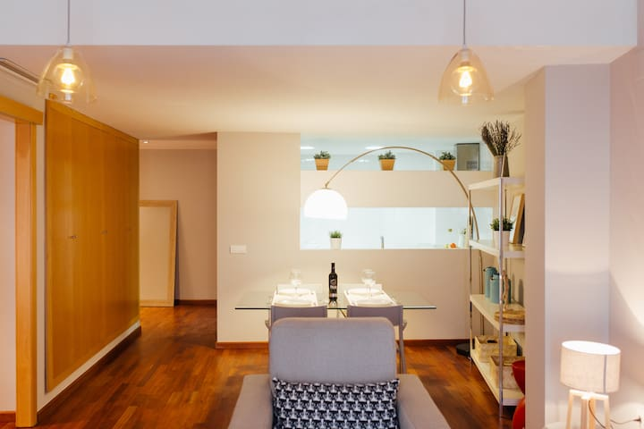 COZY APARTMENT IN THE CENTER OF VALENCIA!
