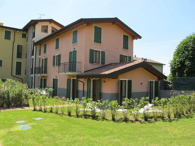 Apartment for 2+2 persons with pool R61911