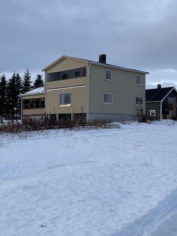 Sentralt hus på Stormoen, Senja