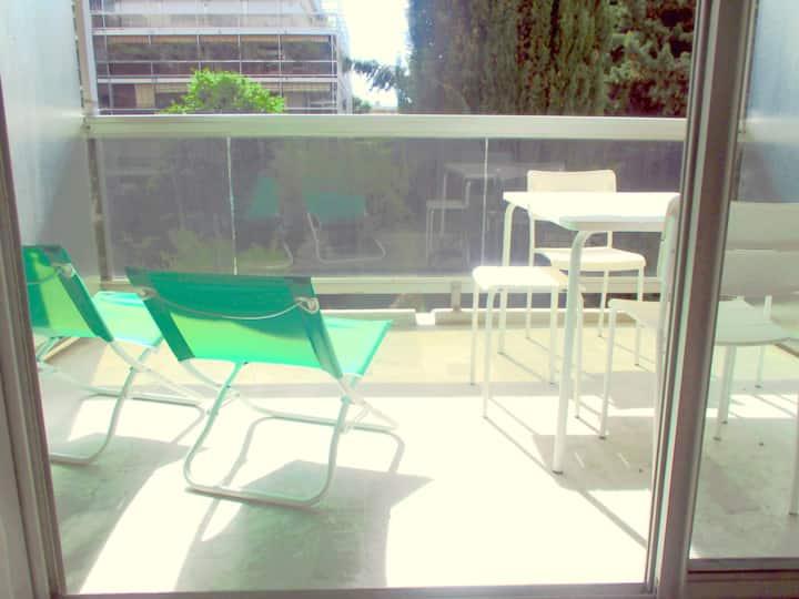 logement climatisé Juan Les Pins résidence piscine