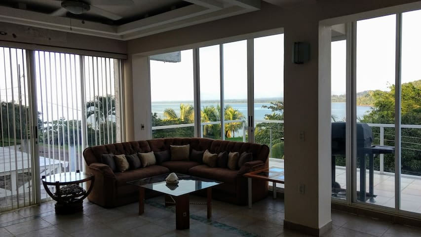 2 Bdrm Beach house Playa Pita/Jaco - Quebrada Ganado - House