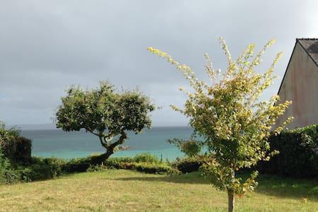 Location maison les pieds dans l'eau 4 chambres - Finistère
