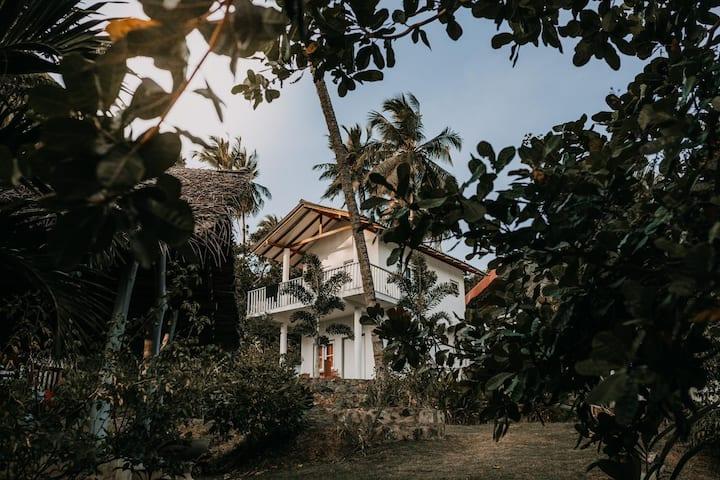 Hiru Villa Tangalle- Room 2