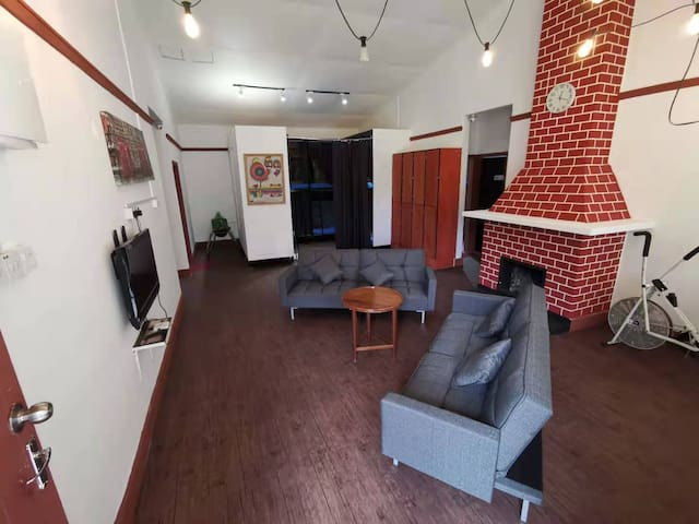 Cozy Bunk Bungalow - Shared Room