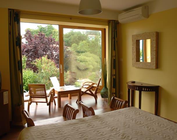 Chambre deluxe Terrasse vue sur St Jean-de-Luz