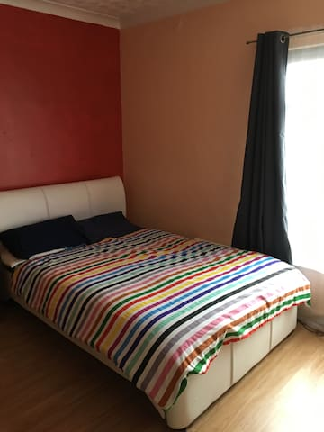 Town house, double room and shared bathroom.