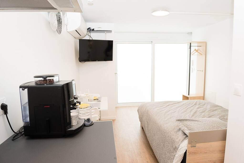 TV, climatisation, café