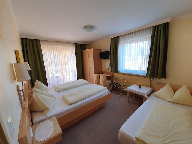Dreibettzimmer in Unterbergen bei Ferlach