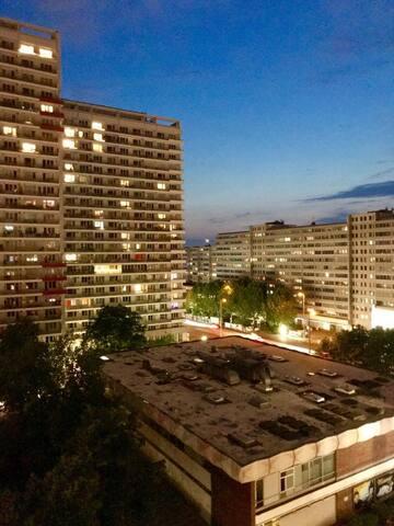 Der Himmel über Berlin - 2-Zimmer Wohnung in Mitte