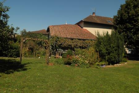 LES NOYEULS-ST SIMEON DE BRESSIEUX - Saint-Siméon-de-Bressieux