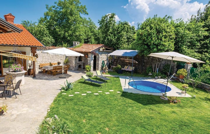 Opatija Matulji Holiday home