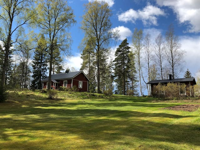 Spacious and cozy getaway 50 minutes from Helsinki