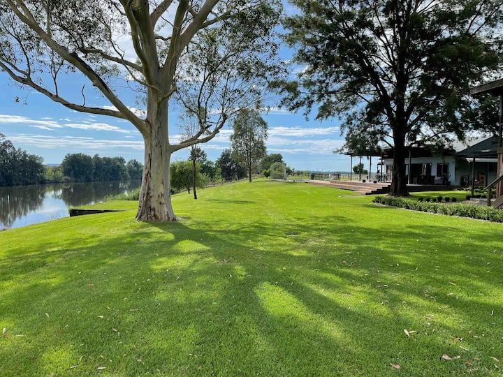 Country escape close to the city on the Hawkesbury