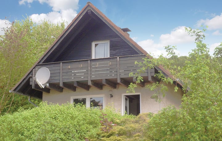 Stunning home in Marienmünster with 3 Bedrooms and WiFi