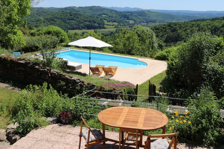 Stunning views! Restored stone barn (c1827) + pool
