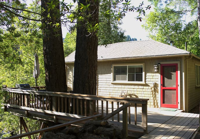 Tree House in Wine Country - Guerneville - Casa