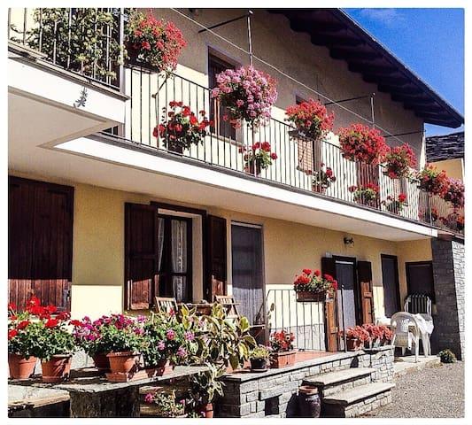 La Grange Agriturismo/Appartamenti - Pont-saint-martin - Pis