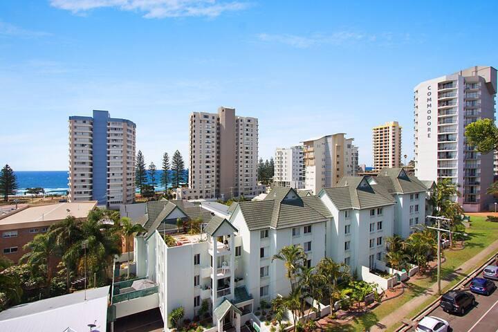 Bay Apartments Unit 14