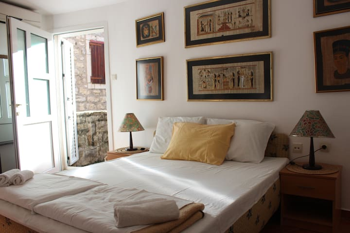 Budva Old Town Apartment - Budva - Appartement