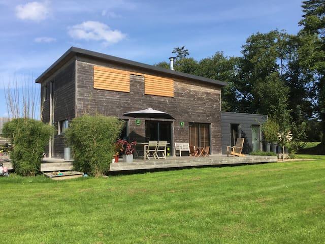 Maison bois en campagne proche de la mer - Plouigneau - Hus