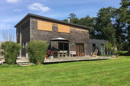 Maison bois en campagne proche de la mer - Plouigneau
