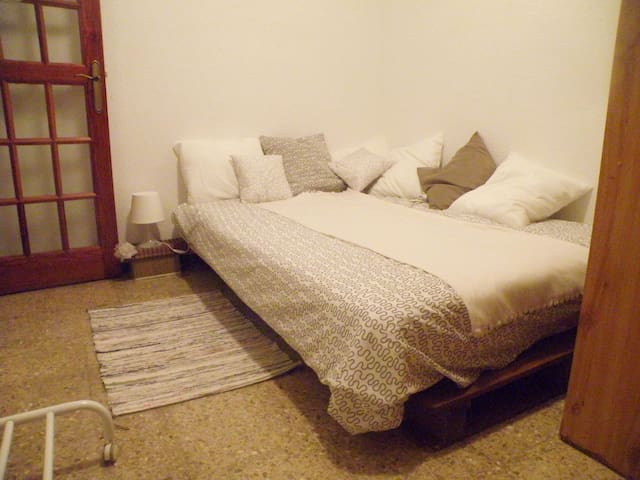 Double Bed Santa Cruz City Centre - Santa Cruz de Tenerife