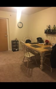Private 1br apartment to yourself - Stamford - Appartement