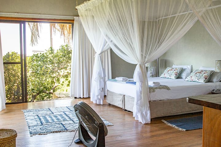 Luxury King size room at Tree House Villa