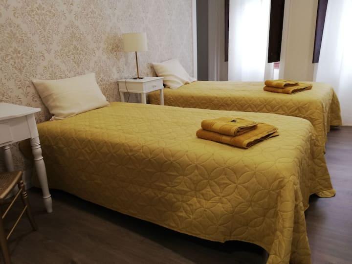 GUESTHOUSE - São Pedro de Alva quartos para alugar