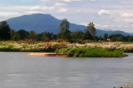 บ้านสวน เกาะน้ำโจนริมปิง