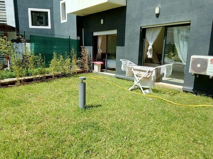 Appartement meublé avec jardin privatif
