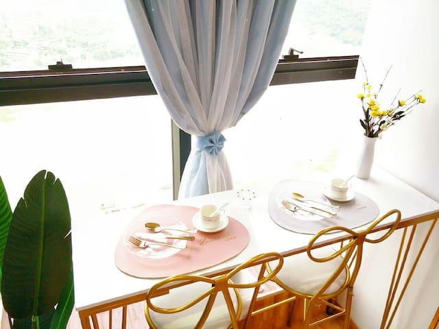 [倾心民宿]泸州万象汇•佳乐世纪城•世纪领寓•温馨江景房