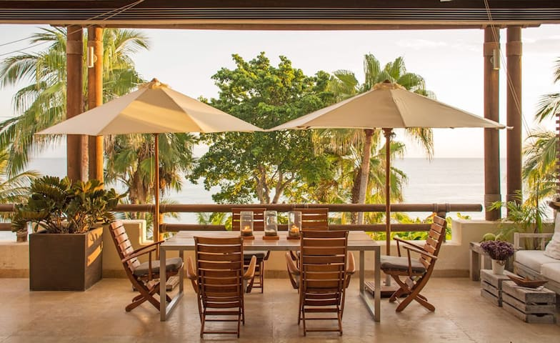 Amazing beach front Condo in Punta Mita.