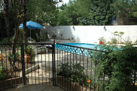 Chambre d'hôtes , maison vigneronne - Murviel-lès-Béziers