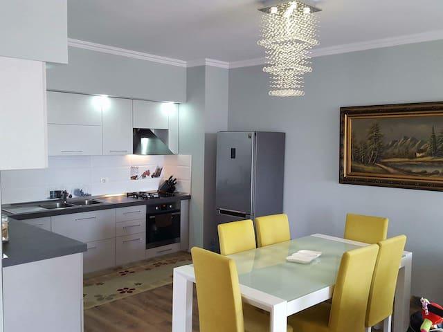 Grazioso appartamento a Tirana - Tiranë - Apartemen