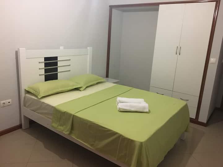 Laginha Beach Guest Houses, Q4!