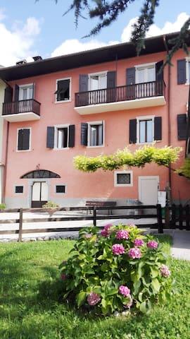 Ledro lake Suites 1 - Mezzolago - Apartment