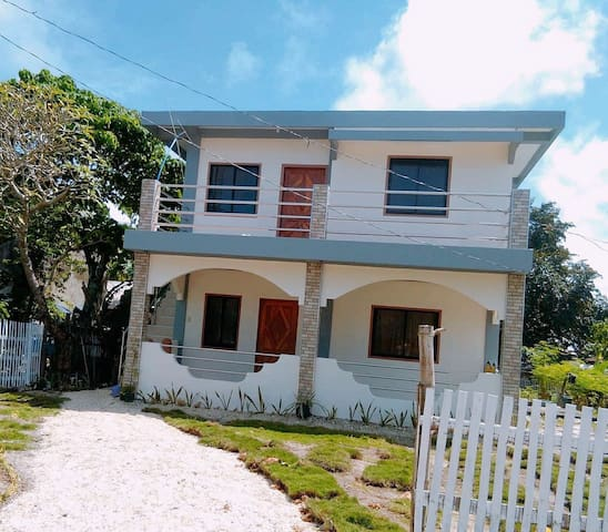 VirGie Hostel and Camotes Island Tour(Beachfront)
