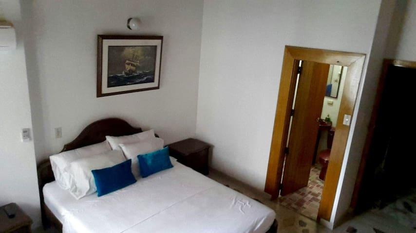 Beautiful room in the heart of el Rodadero. - Santa Marta (districte turístic, cultural i històric) - Casa